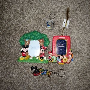 Set of disney items 2 frames 2 keychains